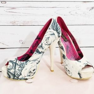 52ee6e9c157 Iron Fist Shoes - Iron Fist Gated Soul in white peep toe heels